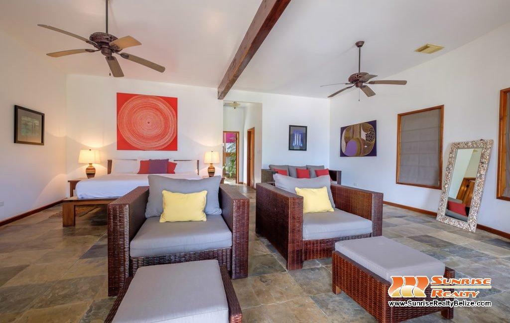 Solaria-Villa-I-Ambergris-Caye-Belize-Vacation-Villa-Bedroom-Seating-1024x683