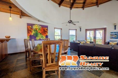 Solaria-Villa-I-Ambergris-Caye-Belize-Vacation-Villa-Dining-Area-1024x683