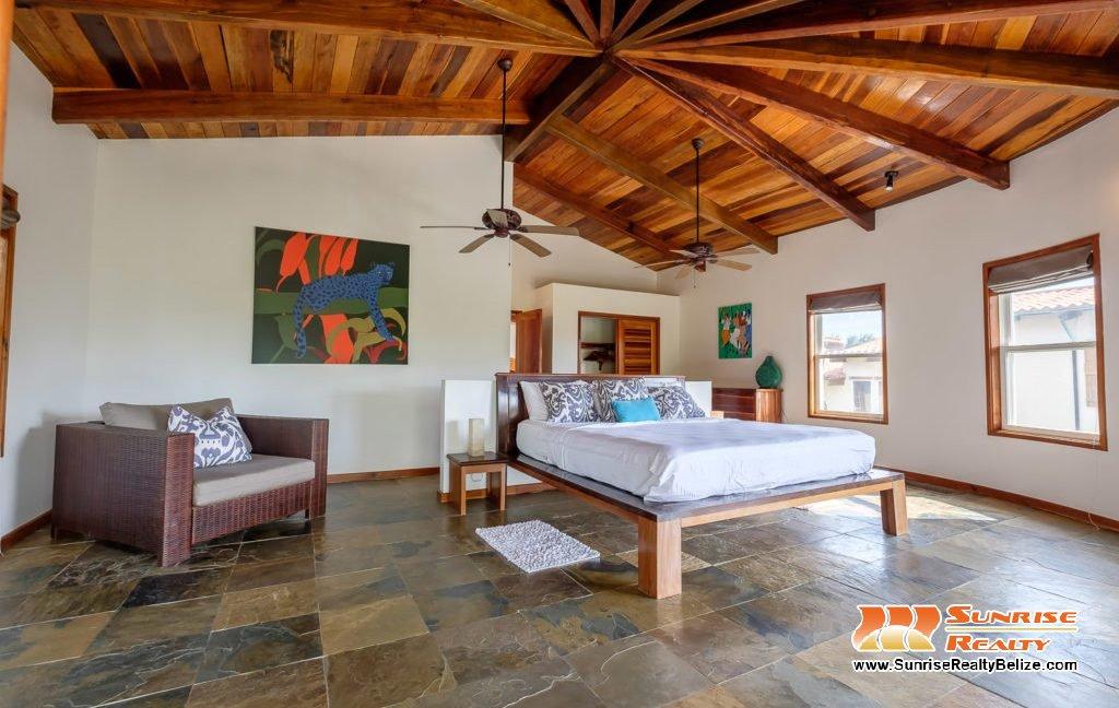 Solaria-Villa-I-Ambergris-Caye-Belize-Vacation-Villa-Second-Master-1024x683