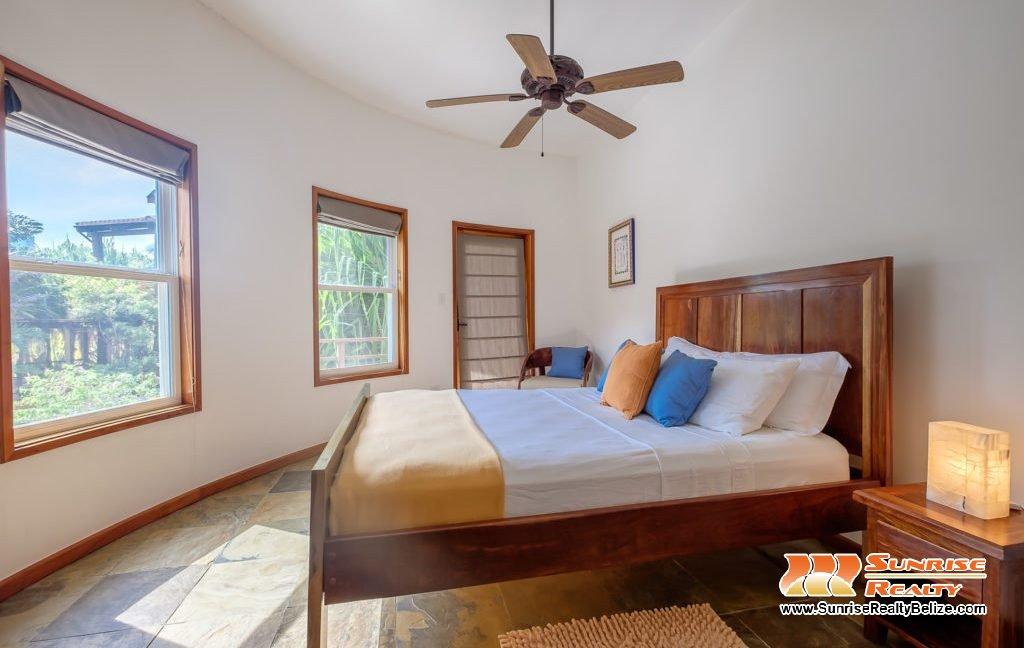 Solaria-Villa-I-Ambergris-Caye-Belize-Vacation-Villa-Third-Bedroom-View-1024x683