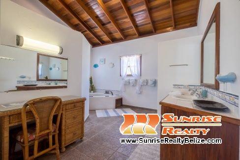 Blue Dolphin Main House Master Bathroom