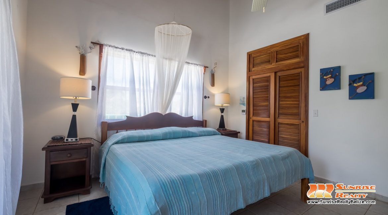 Blue Dolphin Main House 4th Bedroom
