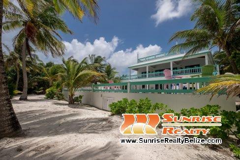 blue-dolphin-beach-villa-56