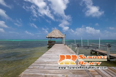blue-dolphin-beach-villa-59