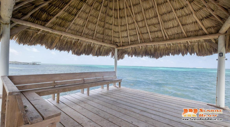 blue-dolphin-beach-villa-60