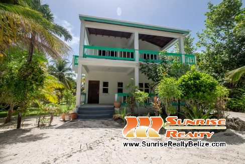Lil Dolphin Guest House