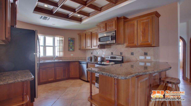 grand caribe b7 kitchen (4)