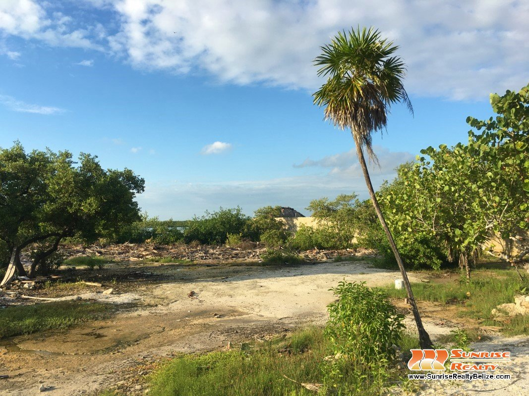 Lagoon Front Lot in Tres Cocos – Lot 5