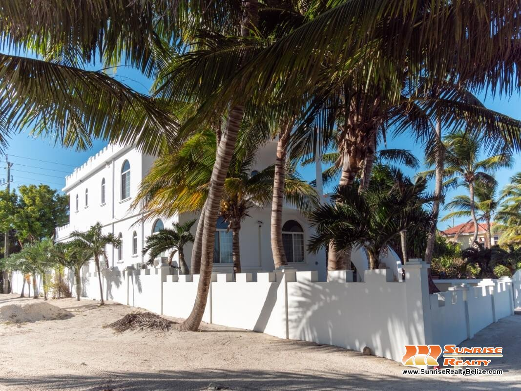 Sandcastle Beachfront Home