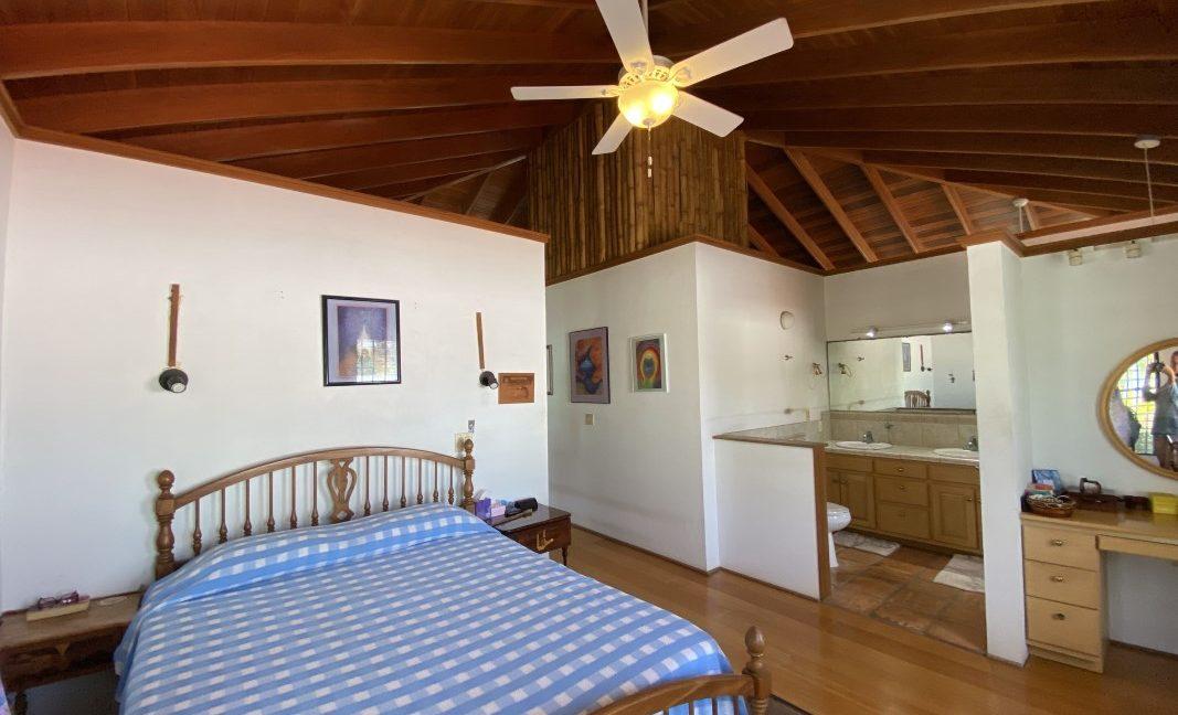 Sea View Home (26)